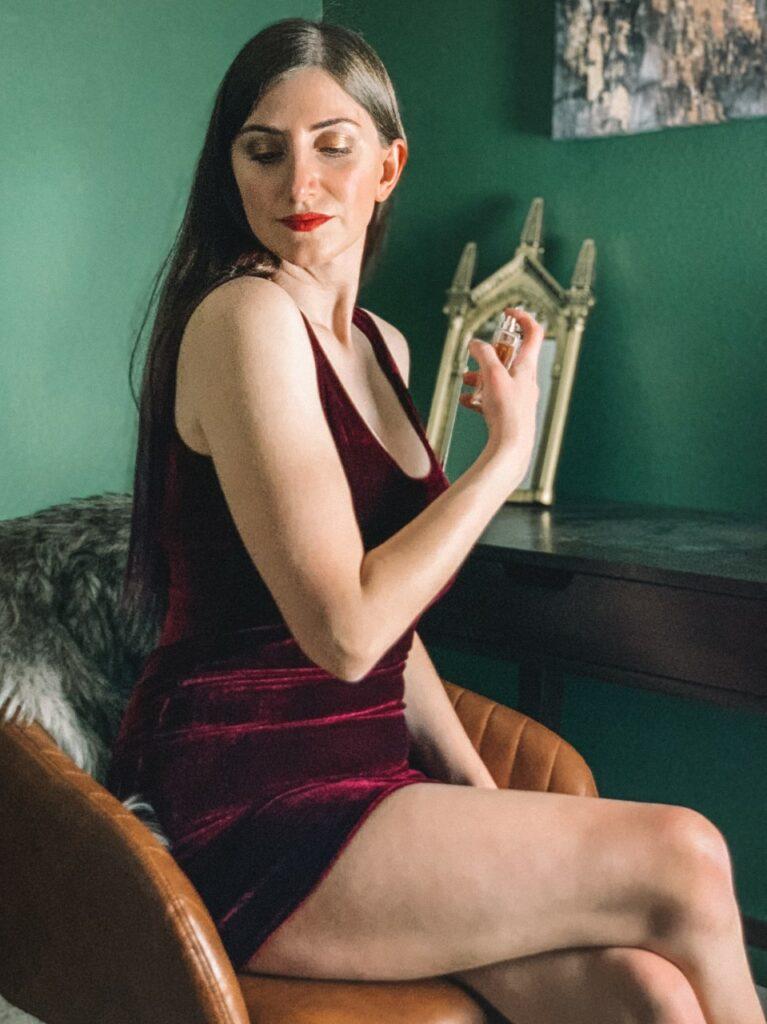 femme luxe velvet dress